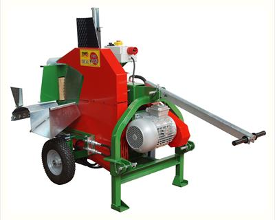 Model with EL 400 Volt engine and pneumatic wheels with a diameter of 400 mm .